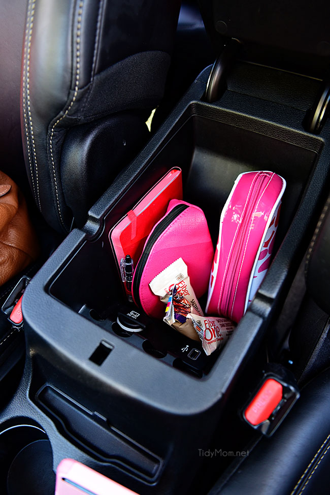Car Organization Ideas - Keep Necessities In Make Up Bags - DIY Tips and Tricks for Organizing Cars - Dollar Store Storage Projects for Mom, Kids and Teens - Keep Your Car, Truck or SUV Clean On A Road Trip With These solutions for interiors and Trunk, Front Seat - Do It Yourself Caddy and Easy, Cool Lifehacks #car #diycar #organizingideas
