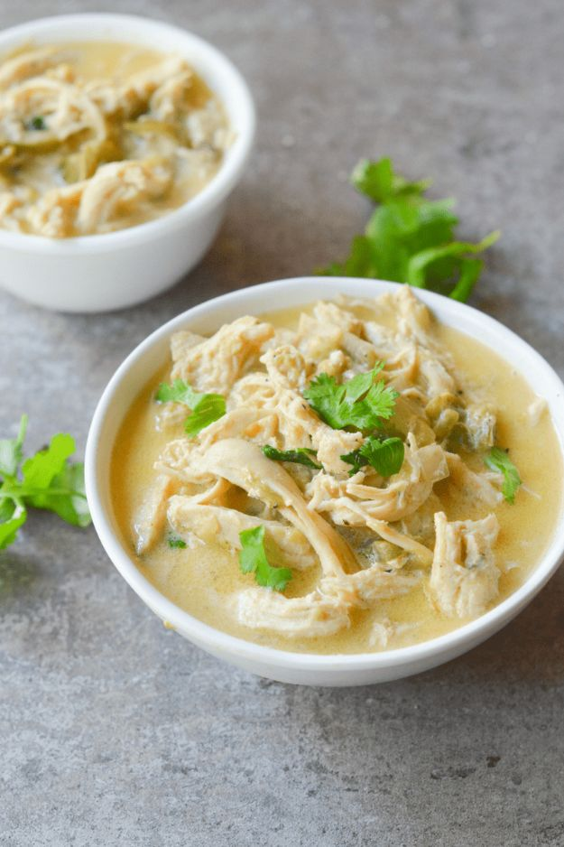 Best Keto Recipes - Keto White Chicken Chili - Easy Ketogenic Recipe Ideas for Breakfast, Lunch, Dinner, Snack and Dessert - Quick Crockpot Meals, Fat Bombs, Gluten Free and Low Carb Foods To Make For The Keto Diet - Shakes, Protein and Cheese Dishes With No or Low Carbohydrates - Sugarfree Keto Cooking Idea and Techniques Keep Ketones Low To Burn Fat http://diyjoy.com/best-keto-recipes