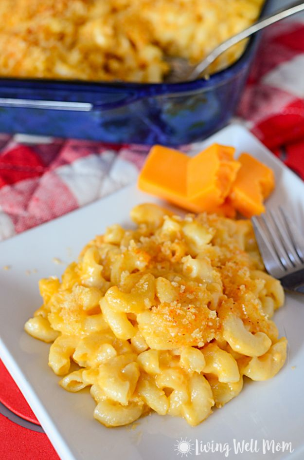 Best Recipes To Teach Your Kids To Cook - Kid-Friendly Easy Homemade Mac and Cheese - Easy Ideas To Show Children How to Prepare Food - Kid Friendly Recipes That Boys and Girls Can Make Themselves - No Bake, 5 Minute Foods, Healthy Snacks, Salads, Dips, Roll Ups, Vegetables and Simple Desserts - Recipes To Learn How To Make Fun Food http://diyjoy.com/best-recipes-teach-kids-to-cook