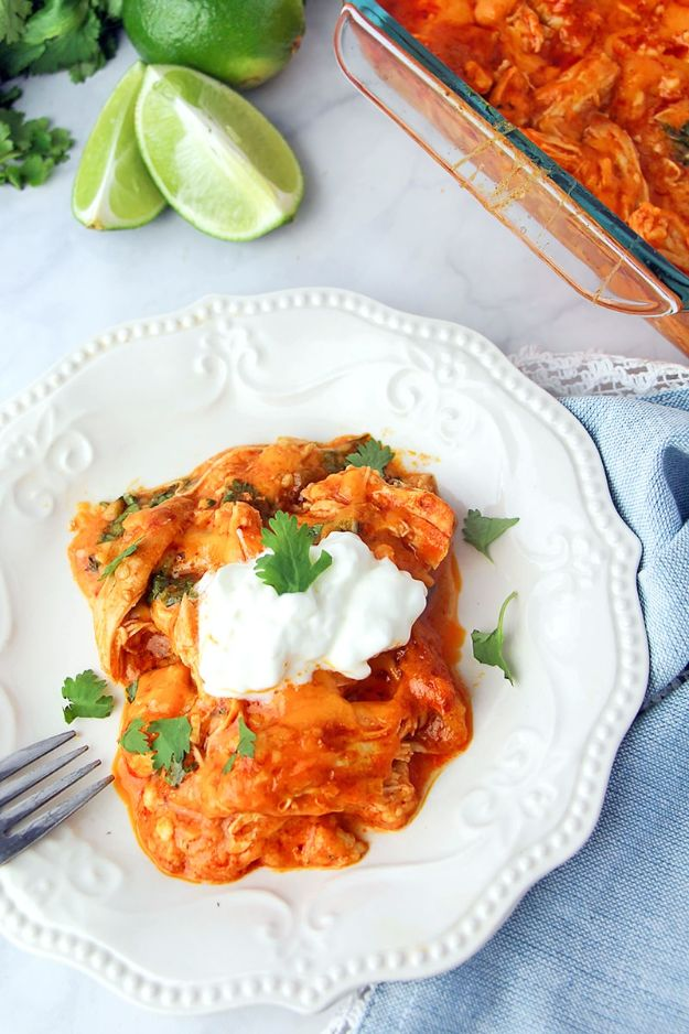 Keto Recipes for Dinner - Low Carb Chicken Enchilada Casserole - Mexican Food Keto Recipe Ideas - Dinner Ideas for Keto Diet Plan - Chicken Keto Meals to Make At Home