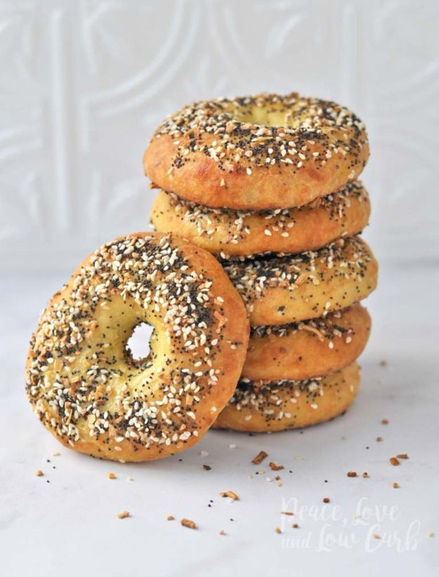Best Keto Recipes - Low Carb Keto Everything Bagels - Easy Ketogenic Recipe Ideas for Breakfast, Lunch, Dinner, Snack and Dessert - Quick Crockpot Meals, Fat Bombs, Gluten Free and Low Carb Foods To Make For The Keto Diet - Shakes, Protein and Cheese Dishes With No or Low Carbohydrates - Sugarfree Keto Cooking Idea and Techniques Keep Ketones Low To Burn Fat http://diyjoy.com/best-keto-recipes
