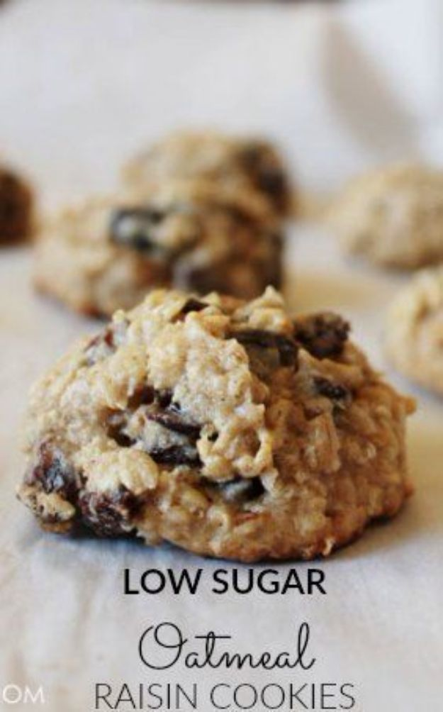 Low Sugar Dessert Recipes - Low Sugar Oatmeal Raisin Cookies - Healthy Desserts and Ideas for Healthy Sweets Without Much Sugar - Raw Foods and Easy Clean Eating Dessert Tips, Keto Diet Snacks - Chocolate, Gluten Free, Cakes, Fruit Dips, No Bake, Stevia and Sweetener Options - Diabetic Diets and Diabetes Recipe Ideas for Desserts #recipes #recipeideas #lowsugar #nosugar #lowcalorie #diyjoy #dessertrecipes #lowsugar #dietrecipes