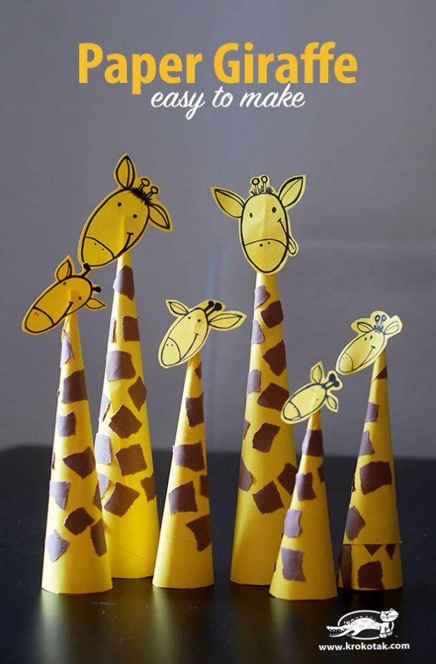 Crafts for Boys - Paper Giraffes - Cute Crafts for Young Boys, Toddlers and School Children - Fun Paints to Make, Arts and Craft Ideas, Wall Art Projects, Alphabet coloré et bricolage avec de la colle, art de la corde, leçons de peinture, Des tutoriels de projets bon marché et des choses peu coûteuses à faire à la maison pour les enfants. Décoration de chambre mignonne et cadeaux DIY à faire pour maman et papa #diyideas #kidscrafts #craftsforboys