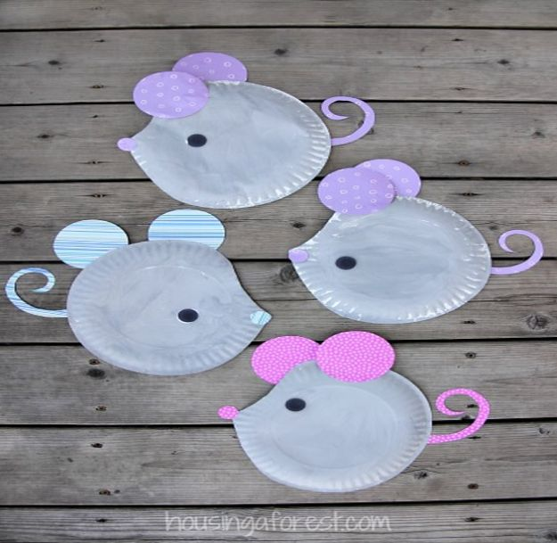 Crafts for Girls - Paper Plate Mouse Craft - Cute Crafts for Young Girls, Toddlers and School Children - Fun Paints to Make, Arts and Craft Ideas, Wall Art Projects, Colorful Alphabet and Glue Crafts, String Art, Painting Lessons, Cheap Project Tutorials and Inexpensive Things for Kids to Make at Home - Cute Room Decor and DIY Gifts #girlsgifts #girlscrafts #craftideas #girls