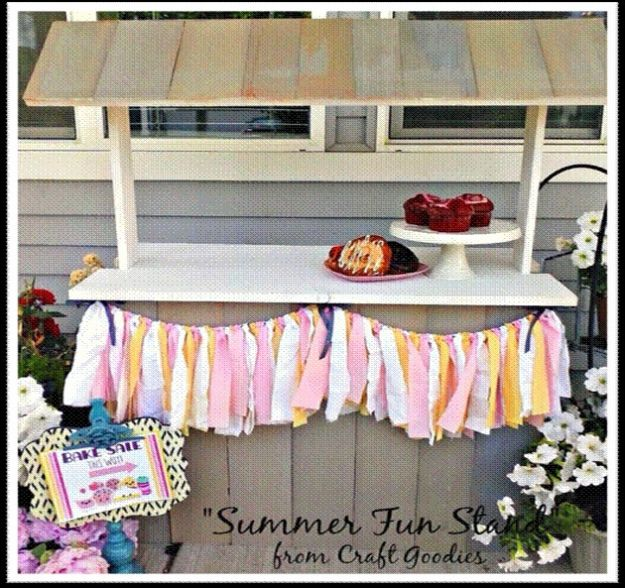 DIY Patio Furniture Ideas - Patio Serving Shelf - Cheap Do It Yourself Porch and Easy Backyard Furniture, Rocking Chairs, Swings, Benches, Stools and Seating Tutorials - Dining Tables from Pallets, Cinder Blocks and Upcyle Ideas - Sectional Couch Plans With Cushions - Makeover Tips for Existing Furniture #diyideas #outdoors #diy #backyardideas #diyfurniture #patio #diyjoy http://diyjoy.com/diy-patio-furniture-ideas