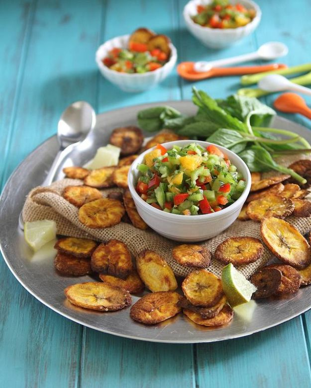 Gluten Free Appetizers - Plantain Chips And Salsa - Easy Flourless and Glutenfree Snacks, Wraps, Finger Foods and Snack Recipes - Recipe Ideas for Gluten Free Diets - Spinach and Cheese Dips, Vegetable Spreads, Sushi rolls, Quick Grill Foods, Party Trays, Dessert Bites, Healthy Veggie and Fruit Appetizer Tutorials #glutenfree #appetizers #appetizerrecipes #glutenfreerecipes #recipeideas #diyjoy http://diyjoy.com/gluten-free-appetizers