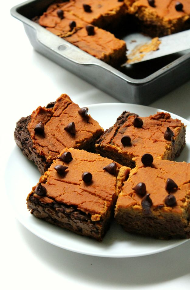 Low Sugar Dessert Recipes - Pumpkin Peanut Butter Layer Brownies - Healthy Desserts and Ideas for Healthy Sweets Without Much Sugar - Raw Foods and Easy Clean Eating Dessert Tips, Keto Diet Snacks - Chocolate, Gluten Free, Cakes, Fruit Dips, No Bake, Stevia and Sweetener Options - Diabetic Diets and Diabetes Recipe Ideas for Desserts #recipes #recipeideas #lowsugar #nosugar #lowcalorie #diyjoy #dessertrecipes #lowsugar #dietrecipes