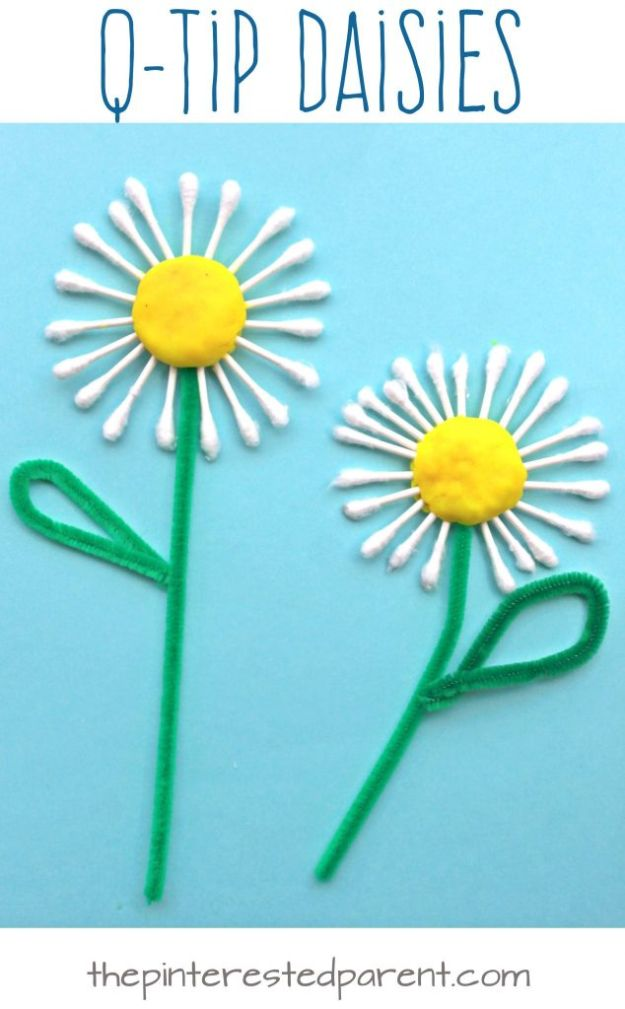 Crafts for Girls - Q Tip Daisy Craft - Cute Crafts for Young Girls, Toddlers and School Children - Fun Paints to Make, Arts and Craft Ideas, Wall Art Projects, Colorful Alphabet and Glue Crafts, String Art, Painting Lessons, Cheap Project Tutorials and Inexpensive Things for Kids to Make at Home - Cute Room Decor and DIY Gifts to Make for Mom and Dad http://diyjoy.com/crafts-for-girls