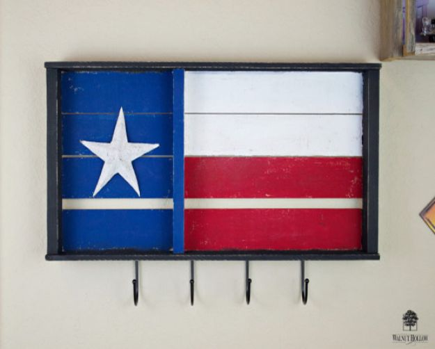 DIY Ideas For Everyone Who Loves Texas - Rustic Flag Key Holder - Cute Lone Star State Crafts In The Shape of Texas - Best Texan Quotes, Sayings and Signs for Your Porch and Home - Easy Texas Themed Decorating Ideas - Country Crafts, Rustic Home Decor, String Art and Map Projects Shaped Like Texas - Decor for Living Room, Bedroom, Bathroom, Kitchen and Yard http://diyjoy.com/diy-ideas-Texas