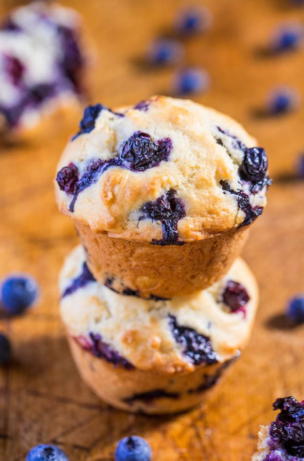 Low Sugar Dessert Recipes - Skinny Blueberry Muffins - Healthy Desserts and Ideas for Healthy Sweets Without Much Sugar - Raw Foods and Easy Clean Eating Dessert Tips, Keto Diet Snacks - Chocolate, Gluten Free, Cakes, Fruit Dips, No Bake, Stevia and Sweetener Options - Diabetic Diets and Diabetes Recipe Ideas for Desserts #recipes #recipeideas #lowsugar #nosugar #lowcalorie #diyjoy #dessertrecipes http://diyjoy.com/low-sugar-dessert-recipes