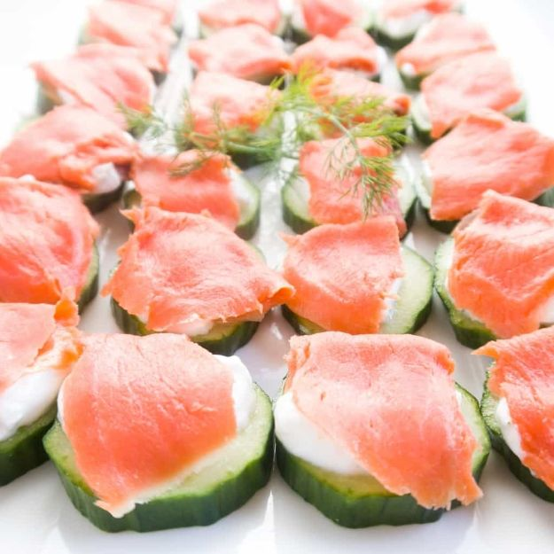 Gluten Free Appetizers - Smoked Salmon Cucumber Bites - Easy Flourless and Glutenfree Snacks, Wraps, Finger Foods and Snack Recipes - Recipe Ideas for Gluten Free Diets - Spinach and Cheese Dips, Vegetable Spreads, Sushi rolls, Quick Grill Foods, Party Trays, Dessert Bites, Healthy Veggie and Fruit Appetizer Tutorials #glutenfree #appetizers #appetizerrecipes #glutenfreerecipes #recipeideas #diyjoy http://diyjoy.com/gluten-free-appetizers
