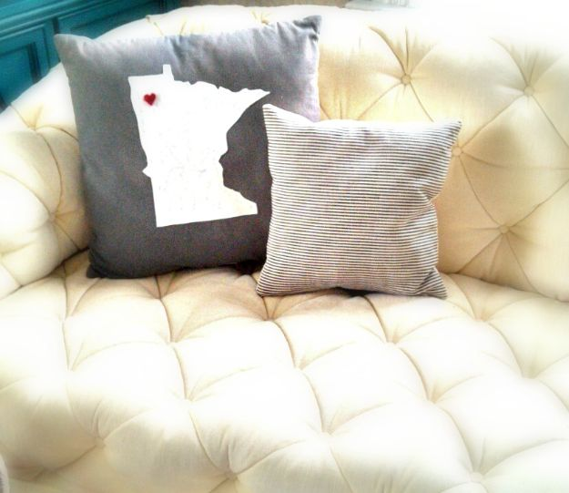 Cool State Crafts - State Pillow DIY - Easy Craft Projects To Show Your Love For Your Home State - Best DIY Ideas Using Maps, String Art Shaped Like States, Quotes, Sayings and Wall Art Ideas, Painted Canvases, Cute Pillows, Fun Gifts and DIY Decor Made Simple - Creative Decorating Ideas for Living Room, Kitchen, Bedroom, Bath and Porch http://diyjoy.com/cool-state-crafts