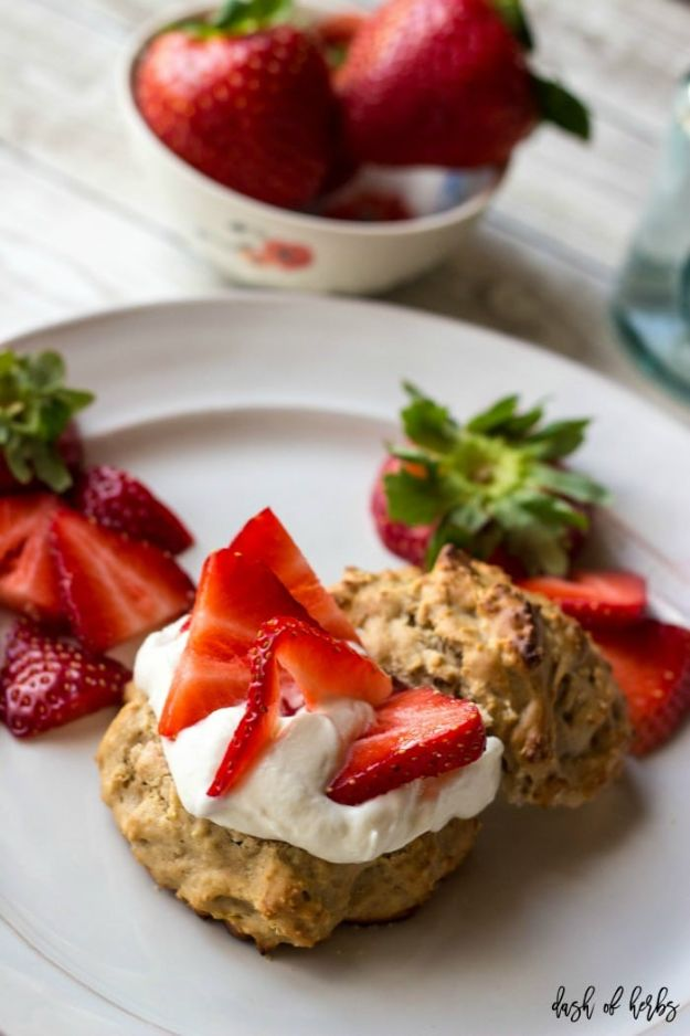 Low Sugar Dessert Recipes - Strawberry Lemon Shortcakes - Healthy Desserts and Ideas for Healthy Sweets Without Much Sugar - Raw Foods and Easy Clean Eating Dessert Tips, Keto Diet Snacks - Chocolate, Gluten Free, Cakes, Fruit Dips, No Bake, Stevia and Sweetener Options - Diabetic Diets and Diabetes Recipe Ideas for Desserts #recipes #recipeideas #lowsugar #nosugar #lowcalorie #diyjoy #dessertrecipes http://diyjoy.com/low-sugar-dessert-recipes