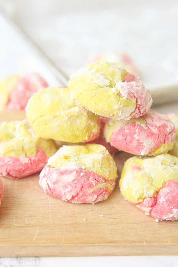Best Summer Snacks and Snack Recipes - Strawberry Lemonade Crinkle Cookies - Quick And Easy Snack Ideas for After Workout, School, Work - Mid Day Treats, Best Small Desserts, Simple and Fast Things To Make In Minutes - Healthy Snacking Foods Made With Vegetables, Cheese, Yogurt, Fruit and Gluten Free Options - Kids Love Making These Sweets, Popsicles, Drinks, Smoothies and Fun Foods - Refreshing and Cool Options for Eating Otuside on a Hot Day http://diyjoy.com/best-summer-snacks