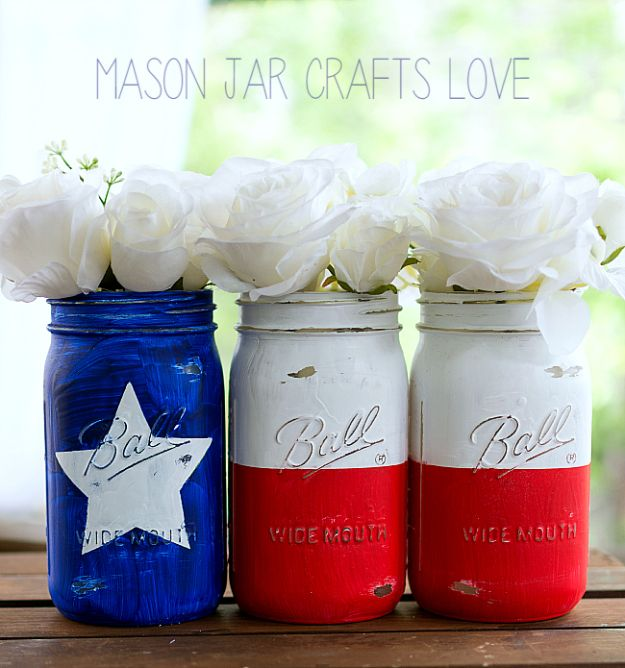 DIY Ideas For Everyone Who Loves Texas - Texas Flag Mason Jars - Cute Lone Star State Crafts In The Shape of Texas - Best Texan Quotes, Sayings and Signs for Your Porch and Home - Easy Texas Themed Decorating Ideas - Country Crafts, Rustic Home Decor, String Art and Map Projects Shaped Like Texas - Decor for Living Room, Bedroom, Bathroom, Kitchen and Yard http://diyjoy.com/diy-ideas-Texas