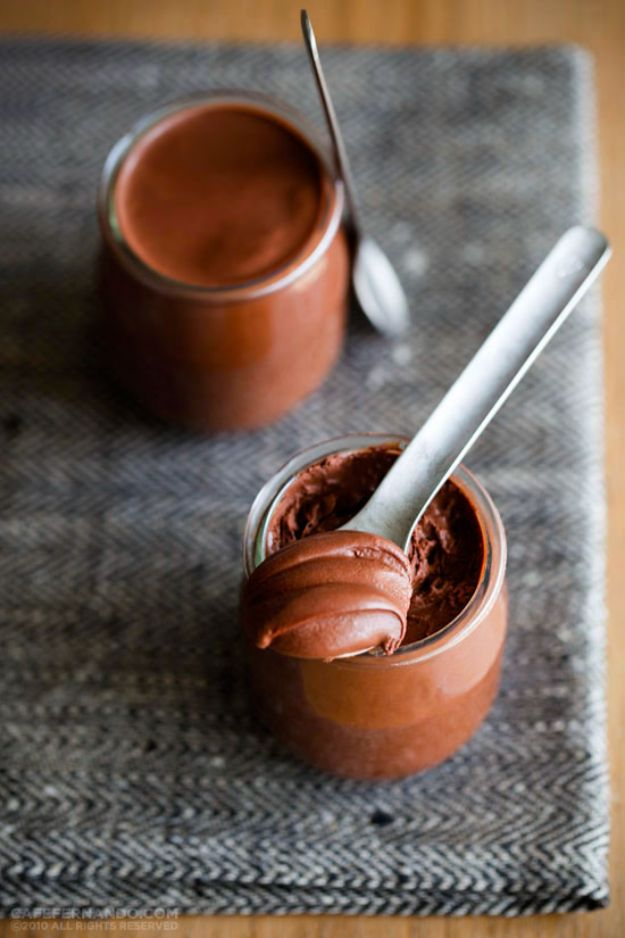 Quick Dessert Recipes - 2-Ingredient Chocolate Mousse Recipe - Fast Desserts to Make In Minutes - Sweet Treats, Cookies, Cake and Snack Ideas