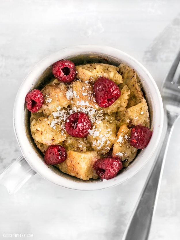 Quick Dessert Recipes - 5-Minute Microwave French Toast Mug Cake Recipe - Fast Desserts to Make In Minutes - Sweet Treats, Cookies, Cake and Snack Ideas