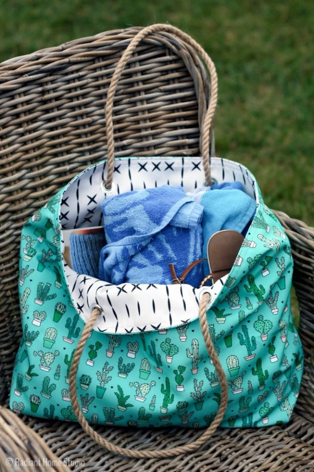 Cool Things To Sew For Summer - Beach Tote - Easy Dresses, Cute Skirts, Maxi Dress, Shorts, Pants and Tops