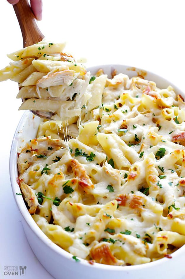 Easy Recipes For Rotisserie Chicken - Chicken Alfredo Baked Ziti - Healthy Recipe Ideas for Leftovers - Comfort Foods With Chicken - Low Carb and Gluten Free, Crock Pot Meals,#easyrecipes #dinnerideas #recipes