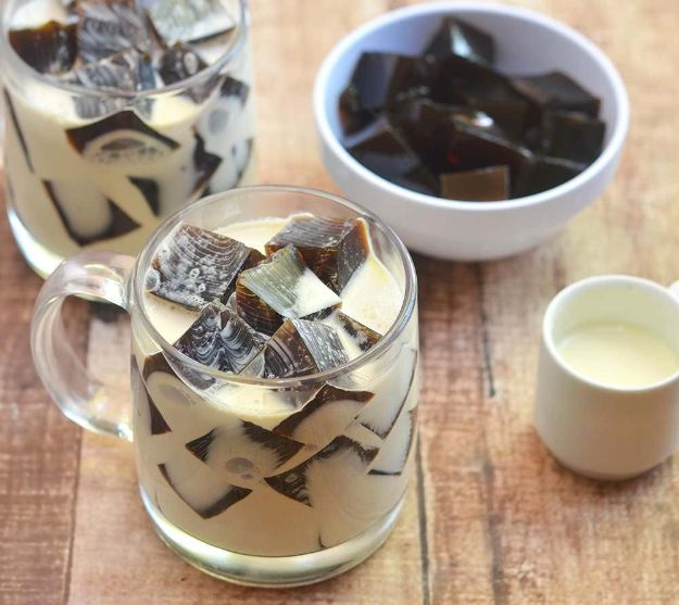 Coffee Drink Recipes - Coffee Jelly - Easy Drinks and Coffees To Make At Home - Frozen, Iced, Cold Brew and Hot Coffee Recipe Ideas - Sugar Free, Low Fat and Blended Drinks - Mocha, Frappucino, Caramel, Chocolate, Latte and Americano - Flavored Coffee, Liqueur and After Dinner Drinks With Alcohol, Dessert Ideas for Parties #coffeedrinks #coffeerecipes #coffee #drinkrecipes