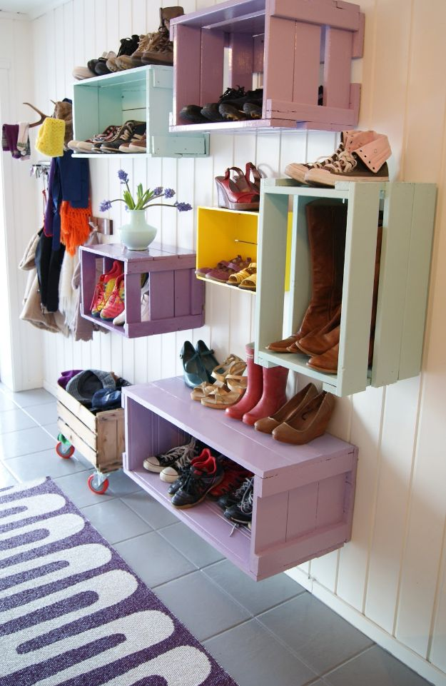 Things to Make With Crates - DIY Furniture Ideas - Cheap Home Decor Projects -DIY Colorful Mudroom Cubbies