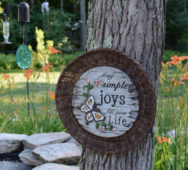 Easy DIY Garden Decor Ideas - Crafts for Outdoors - DYI Garden Ornaments to Make for Backyard Decoration - Thrift Store Crafts - DYI Dollar Store Garden Decor Made With Chargers