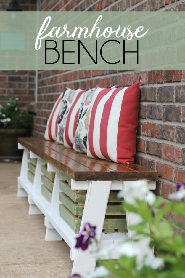 Farmhouse Bench With Crate Storage