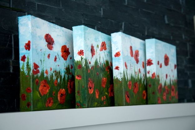 Acrylic Painting Tutorials and Techniques - Paint Poppy Flowers With Acrylic Paint And A Palette Knife - How To Paint With Acrylic Paint- DIY Acrylic Painting Ideas on Canvas - Make Flowers, Ocean, Sky, Abstract People, Landscapes, Buildings, Animals, Portraits, Sunset With Acrylics - Step by Step Art Lessons for Beginners - Easy Video Tutorials and How To for Acrylic Paintings #art #painting