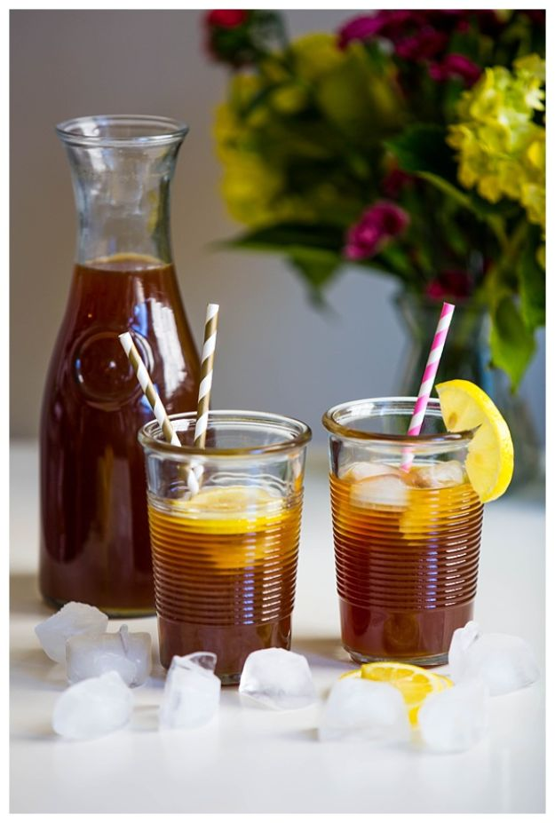 Coffee Drink Recipes - Iced Coffee Lemonade - Easy Drinks and Coffees To Make At Home - Frozen, Iced, Cold Brew and Hot Coffee Recipe Ideas - Sugar Free, Low Fat and Blended Drinks - Mocha, Frappucino, Caramel, Chocolate, Latte and Americano - Flavored Coffee, Liqueur and After Dinner Drinks With Alcohol, Dessert Ideas for Parties http://diyjoy.com/coffee-drink-recipes