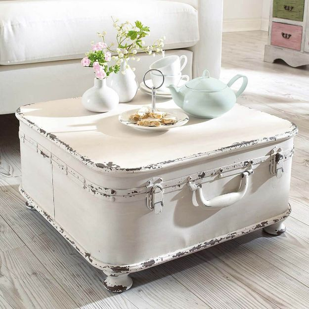 All White DIY Room Decor - Large White Trunk Coffee Table - Creative Home Decor Ideas for the Bedroom and Living Room, Kitchen and Bathroom - Do It Yourself Crafts and White Wall Art, Bedding, Curtains, Lamps, Lighting, Rugs and Accessories - Easy Room Decoration Ideas for Modern, Vintage Farmhouse and Minimalist Furnishings - Furniture, Wall Art and DIY Projects With Step by Step Tutorials and Instructions http://diyjoy.com/all-white-decor-ideas