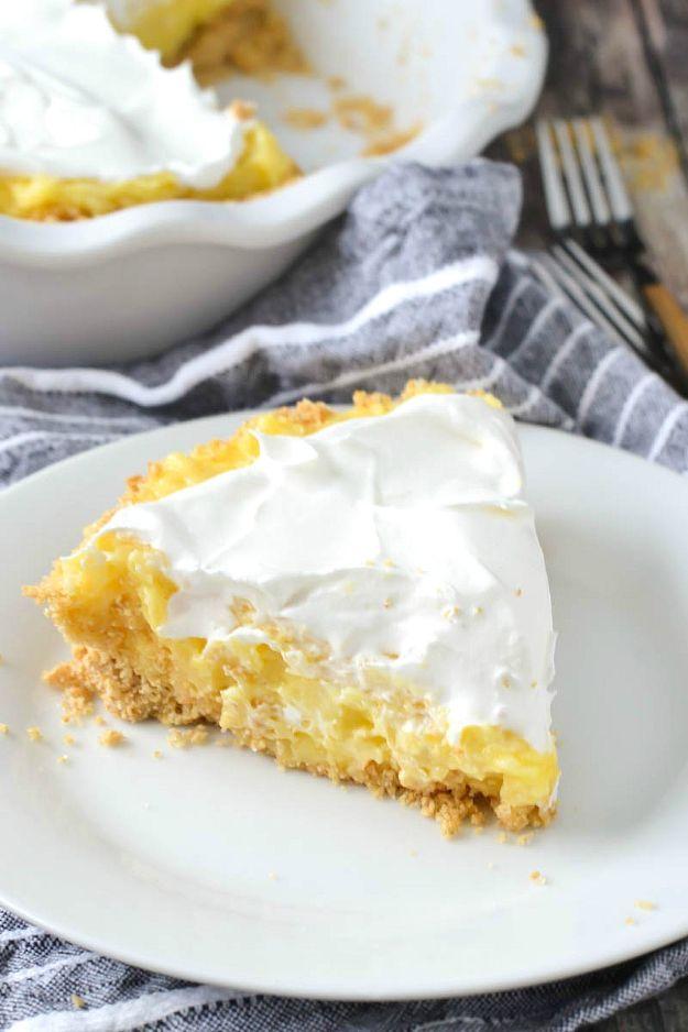 No-Bake Pineapple Pie
