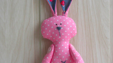 You've Still Got Time To Make This Darling Little Bunny For Somebody Special! | DIY Joy Projects and Crafts Ideas