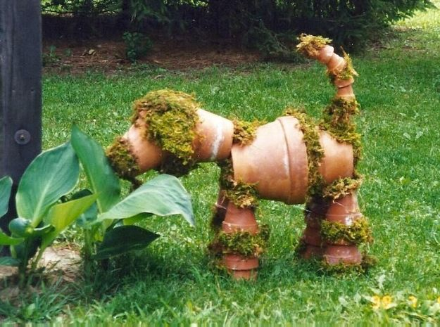 DIY Garden Decor Ideas - Crafts for Outdoors - DYI Garden Ornaments to Make for Backyard Decoration - Thrift Store Crafts - Recycled Clay Pot Moss Dog Planter Tutorial