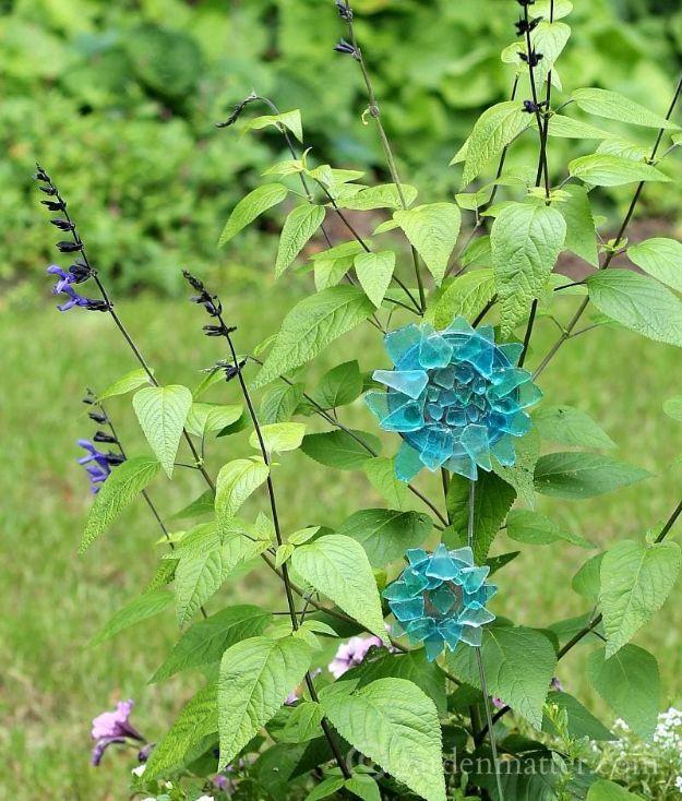 DIY Garden Decor Ideas - Crafts for Outdoors - DYI Garden Ornaments to Make for Backyard Decoration - Thrift Store Crafts - Sea Glass Garden Ornament Tutorial