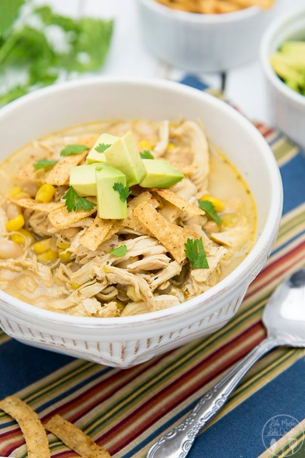 Easy Recipes For Rotisserie Chicken - White Chicken Chili - Healthy Recipe Ideas for Leftovers - Comfort Foods With Chicken - Low Carb and Gluten Free, Crock Pot Meals,#easyrecipes #dinnerideas #recipes