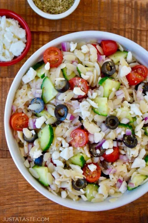 Summer Salad Recipes - Greek Orzo Salad - Easy Salads to Make for Summer Dinners, Picnic, Barbecue and Take To Work Lunches - Grilled Foods, Fruits, Chicken, Tuna and and Shrimp Salad - Healthy Meals on A Budget - Vegetarian and Vegan Recipe Ideas - Homemade Salad Dressings and Fresh Ingredients make the Best Salads #salads #saladrecipes #lunchrecipes #recipes #summe