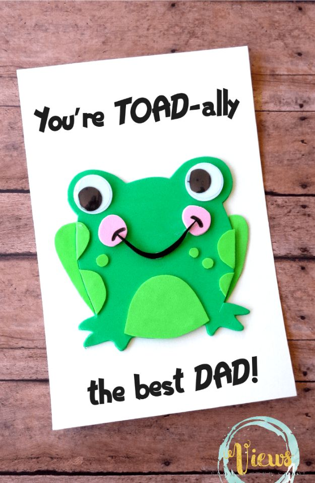 Best DIY Fathers Day Cards - Toad-ally Awesome Handmade Father's Day Card - Easy Card Projects to Make for Dad - Cute and Quick Things To Make For Your Father - Paper, Cardboard, Gift Card, Cool Ideas for Kids and Teens To Make - Funny, Thoughtful, Homemade Cards for Him http://diyjoy.com/diy-fathers-day-cards
