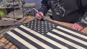 You Can Make This Antiqued Wood American Flag In 5 Easy Steps