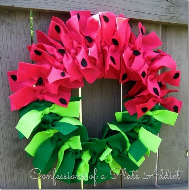 No Sew DIY Home Decor Ideas - Easy No-Sew Watermelon Wreath - Easy No Sew Projects to Make for Bedroom,. Kitchen, Bath - Crafts to Make and Sell, Blankets, No Sewing Project Ideas #nosew #diydecor #diygifts #homedecor