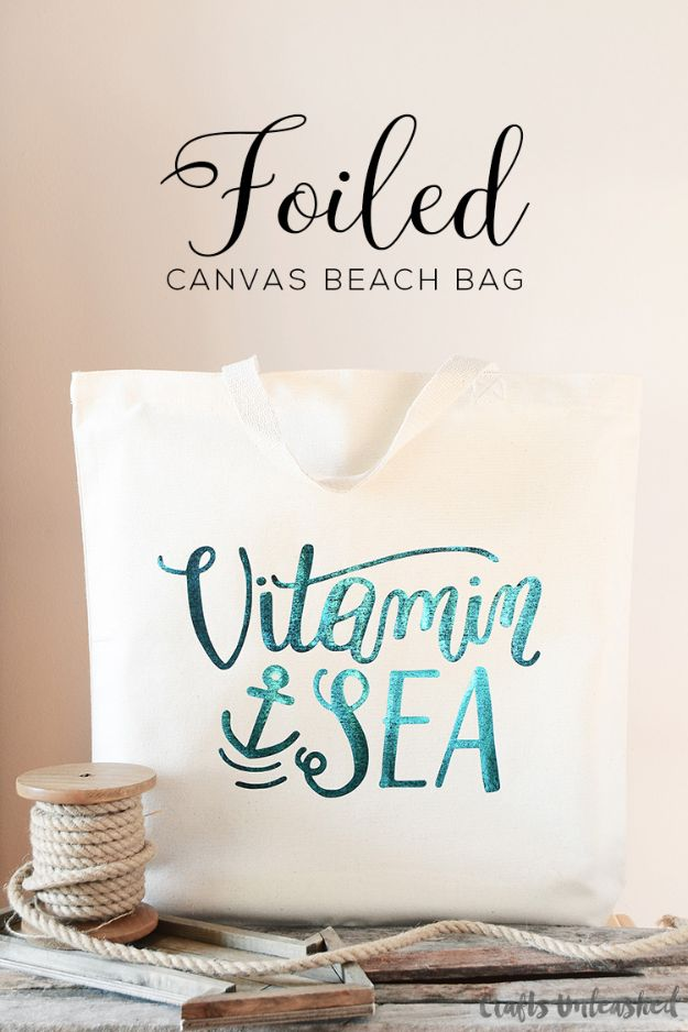Creative Handmade Gift Ideas - Easy Crafts to Make and Sell - DIY Foiled Canvas DIY Beach Bag - Fin DIY Gifts for Mom
