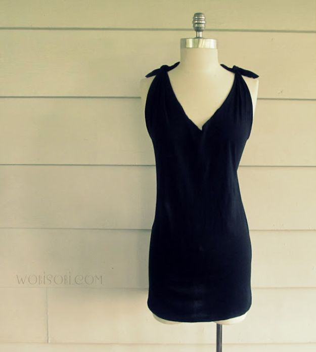 No Sew DIY Fashion Ideas - No-Sew Criss Cross Back T-Shirt DIY - Easy No Sew Projects to Make for Clothes, Shirts, Jeans, Pants, Skirts, Kids Clothing No Sewing Project Ideas
