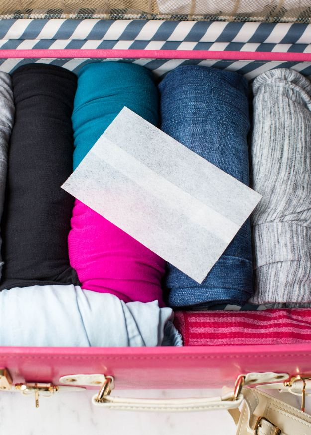 Packing Hacks for Travel - Place Dryer Sheets In Your Luggage - How to Pack and Fold Clothes, Save Space in Suitcase - Tips and Tricks for Shoes, Makeup, Toiletries, Carry On Luggage for Trips