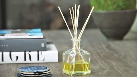 Your House Will Smell Amazing With This Easy 3-Ingredient Diffuser | DIY Joy Projects and Crafts Ideas