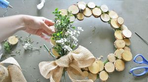 Glue 5 Things Together For The Easiest Summer Wreath Ever