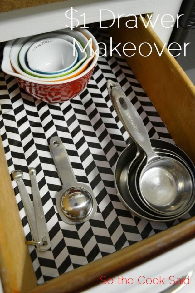 Dollar Store Organizing Ideas - $1 Kitchen Drawer Makeover - Easy Organization Projects from Dollar Tree and Dollar Stores - Quick Closet Makeovers, Pantry Storage, Shoe Box Projects, Tension Rods, Car and Household Cleaning - Hacks and Tips for Organizing on a Budget - Cheap Idea for Reducing Clutter around the House, in the Kitchen and Bedroom http://diyjoy.com/dollar-store-organizing-ideas