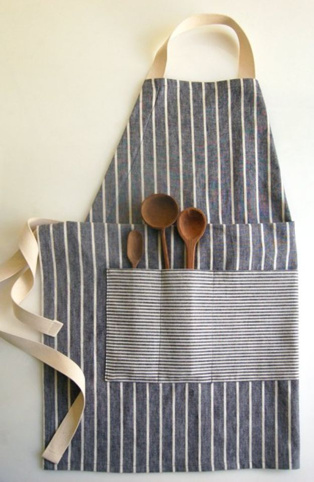 DIY Sewing Projects for the Home - Adjustable Apron - Easy DIY Christmas Gifts and Ideas for Making Kitchen, Bedroom and Bathroom Decor - Free Step by Step Tutorial to Sew