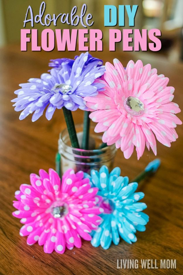 DIY Ideas With Faux Flowers - Adorable DIY Flower Pens - Paper, Fabric, Silk and Plastic Flower Crafts - Easy Arrangements, Wedding Decorations, Wall, Decorations, Letters, Cheap Home Decor