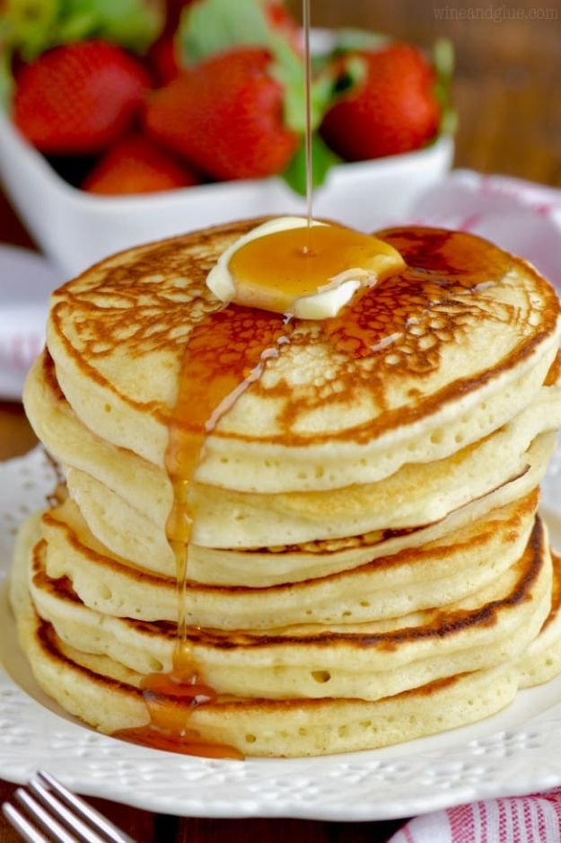 Best Pancake Recipes - Best Buttermilk Pancakes - Homemade Pancakes With Banana, Berries, Fruit and Maple Syrup - How To Make Pancake Mix at Home - Gluten Free, Low Fat and Healthy Recipes - Breakfast and Brunch Recipe Ideas - Silver Dollar, Buttermilk, Make Ahead and Quick Versions With Strawberries and Blueberries #pancakes #pancakerecipes #recipeideas #breakfast #breakfastrecipes http://diyjoy.com/pancake-recipes