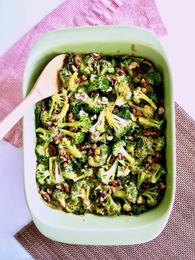 Best Kale Recipes - Broccoli, Kale & Rice Casserole - Healthy Green Vegetable Cooking for Salads, Soup, Lunches, Stir Fry and Dinner - Kale Chips. Salad, Shredded, Cooked, Fresh and Sauteed Kale - Vegan, Vegetarian, Keto, Low Carb and Lowfat Recipe Ideas #kale #kalerecipes #vegetablerecipes #veggies #recipeideas #dinnerideas http://diyjoy.com/best-kale-recipes
