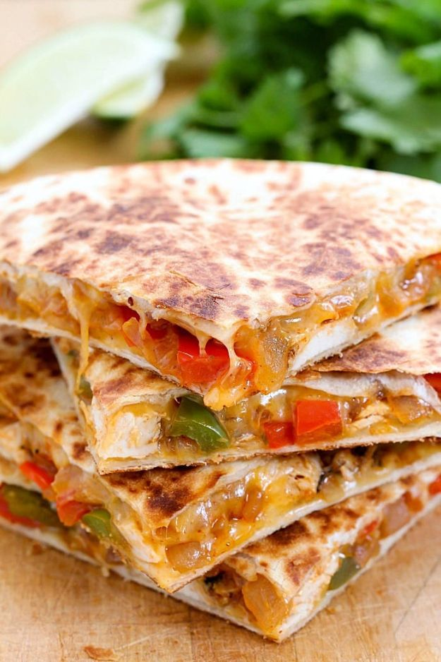 Best Mexican Food Recipes - Chicken Fajita Quesadilla - Authentic Mexican Foods and Recipe Ideas for Casseroles, Quesadillas, Tacos, Appetizers, Tamales, Enchiladas, Crockpot, Chicken, Beef and Healthy Foods - Desserts and Dessert Ideas Like Churros , Flan amd Sopapillas #recipes #mexicanfood #mexicanrecipes #recipeideas #mexicandishes http://diyjoy.com/mexican-food-recipes